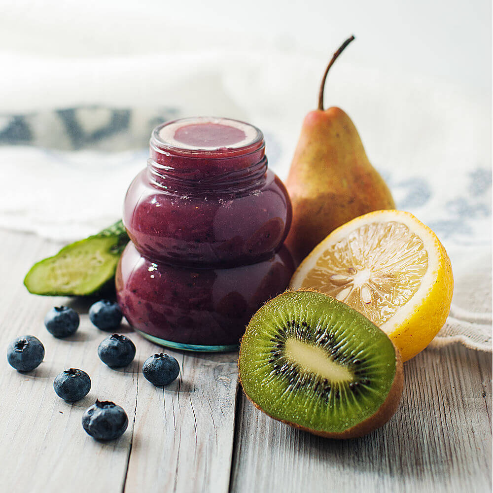 Blueberries, coconut water, kiwifruit, cucumber, lemon and pear smoothie