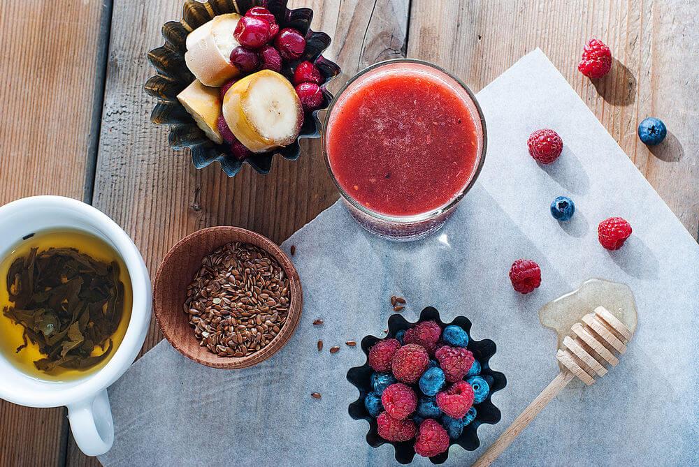Banana, cherries, honey, blueberries, flax seeds, raspberries and green tea smoothie